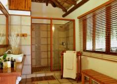 Machangulo Beach Lodge Bathroom