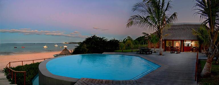 villas do paraiso pool view