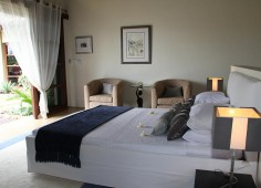 Chuiba Bay Bedroom With Garden View