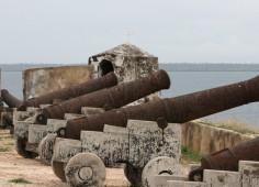 IIha de Mozambique Canons