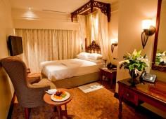 Polana Serena Hotel luxury Room