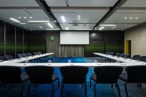 Radisson-Blu-Conference-Room Maputo