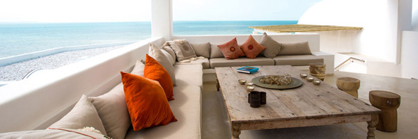 Villa Santorini Lounge Area