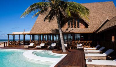 Sentidos Beach Retreat Pool area