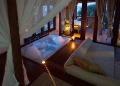 Sentidos Luxury Beach Villa Bathtub